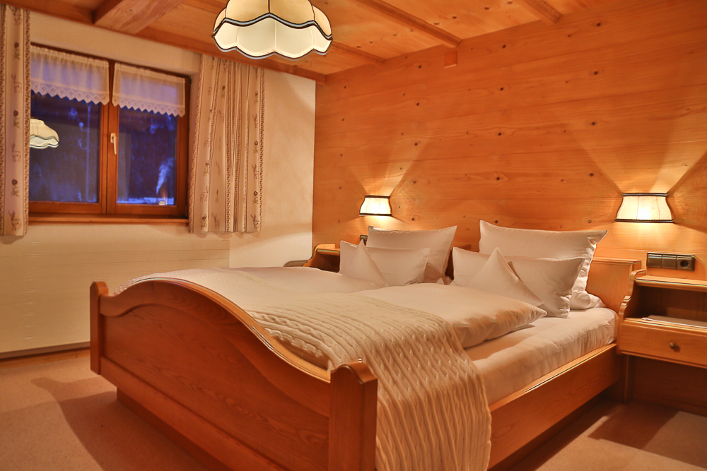 Doppelzimmer im Ferienhof Erath